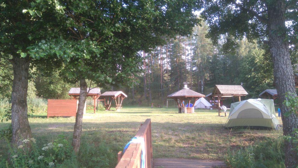 Jezioro Mikaszewo - pole namiotowe www.zabiegane.com