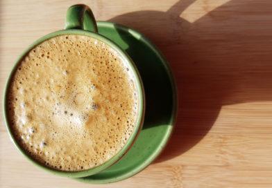 Kawa kuloodporna – czyli co to jest masło ghee i dlaczego warto go używać w kuchni?